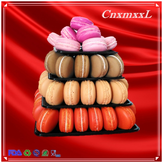 4 tier macarons tower